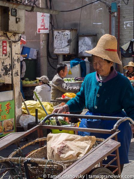Street Scene, Renmin Lu, Dali, Yunnan, China